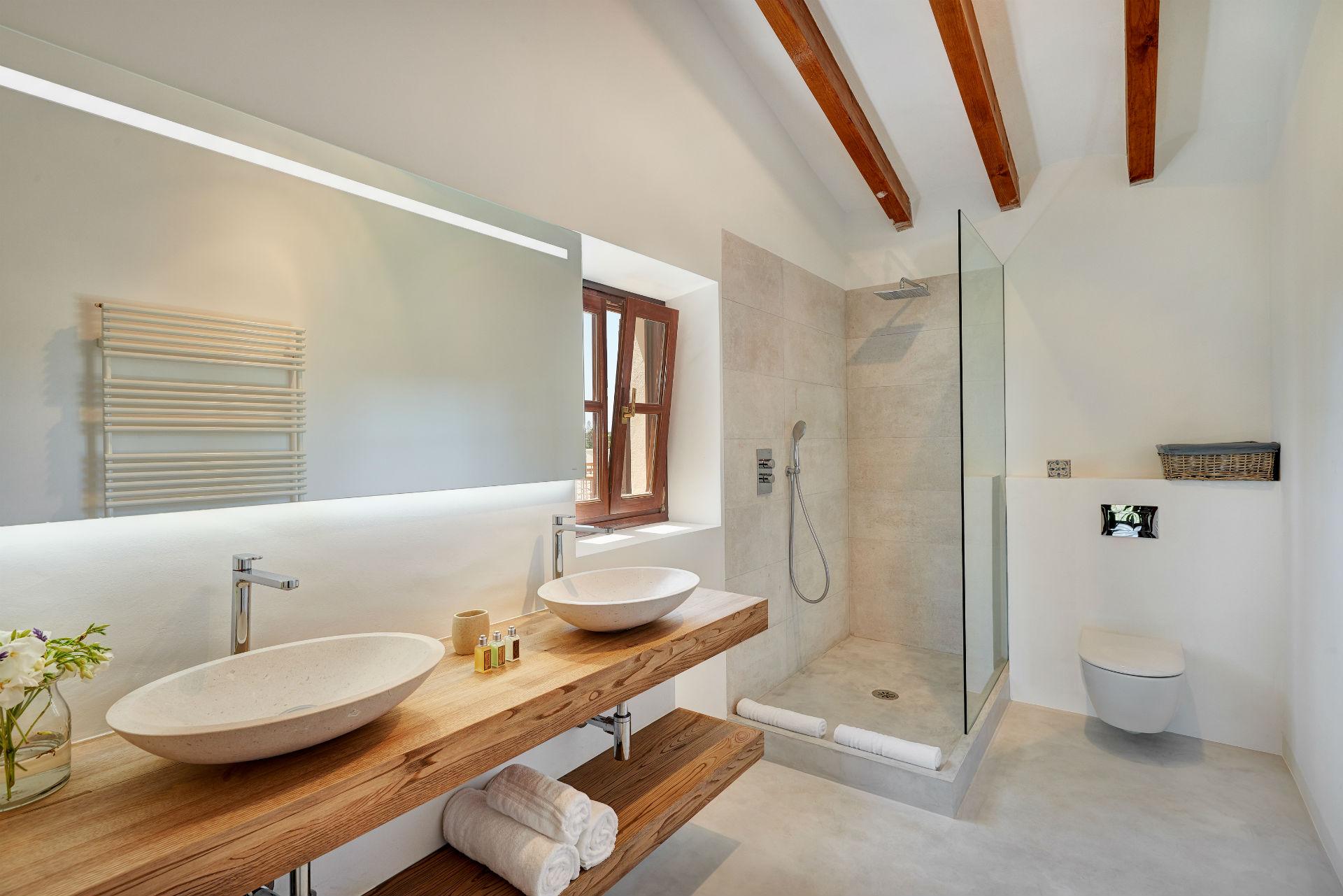 32 Casa Adrover Soller Bathroom