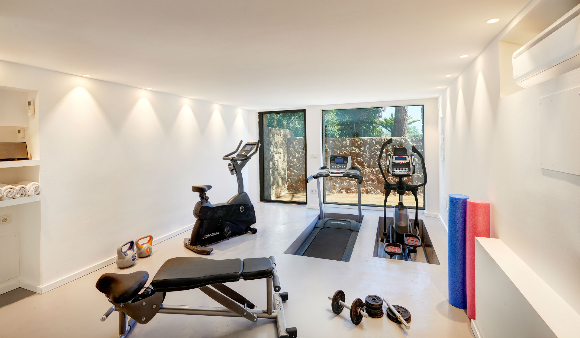 90 Casa Adrover Fitness Suite